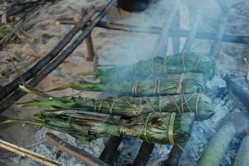 Dica de churrasco -  peixe na folha de bananeira